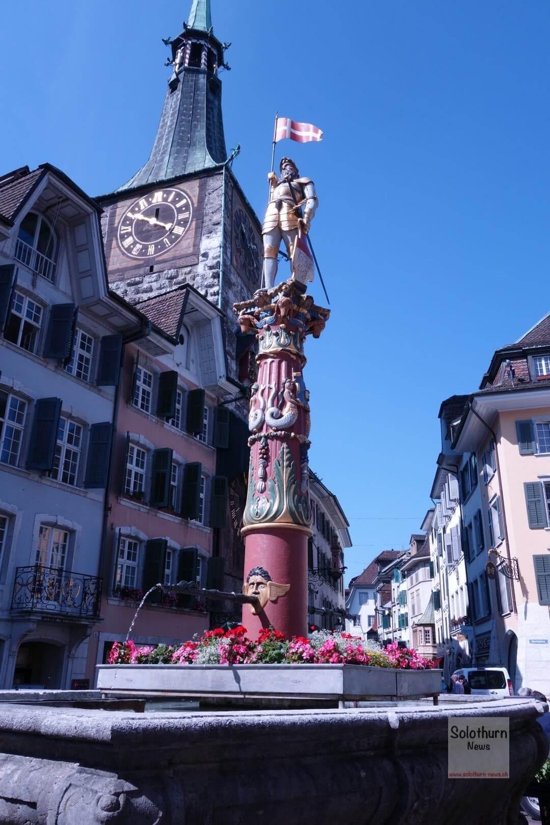 Solothurn Brunnen – Fischbrunnen : St. Ursen-Brunnen
