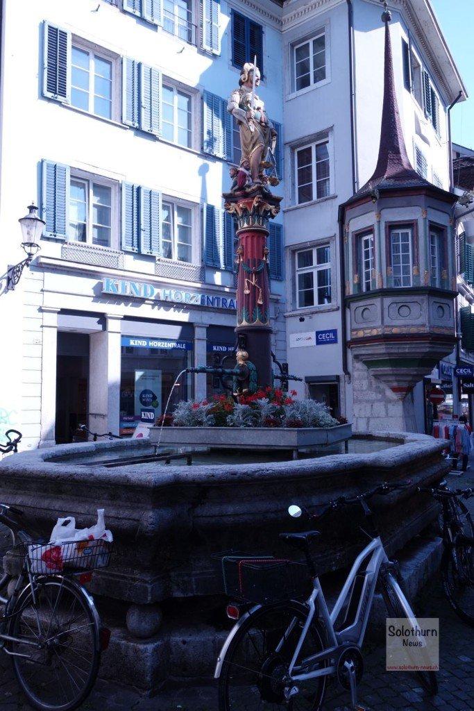 Solothurn Brunnen - Gerechtigkeitsbrunnen