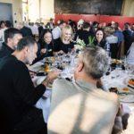 Gespräche beim Essen - Bildquelle Miriam Ritler