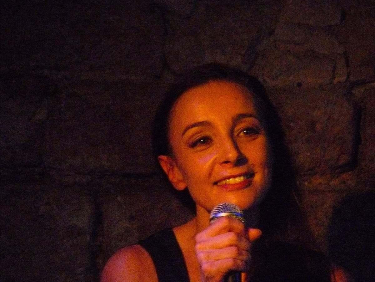 Valérie Mischler singt Französische Chansons in der Alten Schmitte