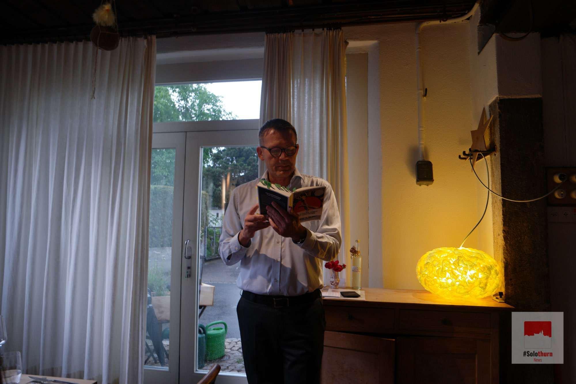 Christof Gasser bei der Buchlesung