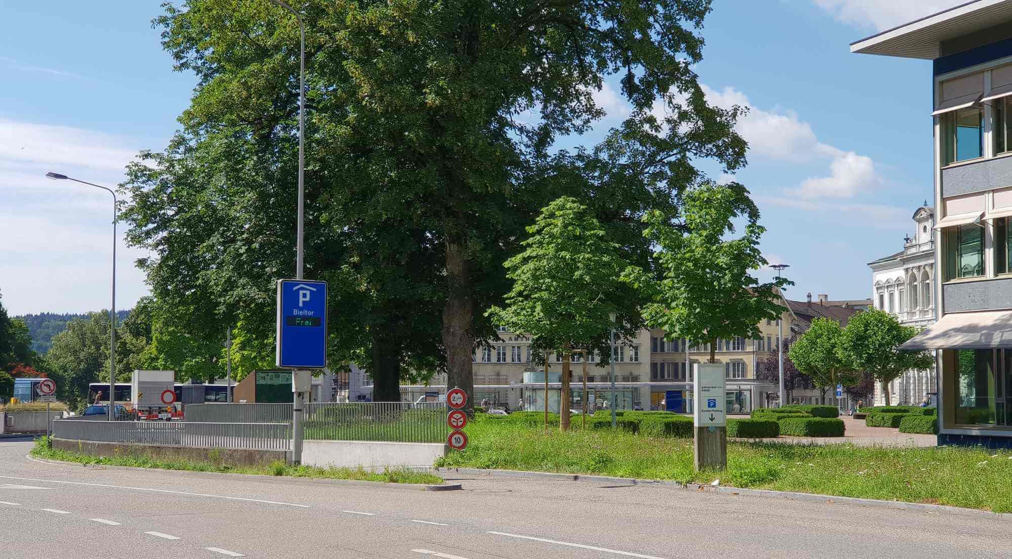 Parkhaus Bieltor Einfahrt